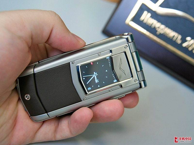 诺基亚vertu_诺基亚VERTUTI鳄鱼皮触屏手机仅78000ZO