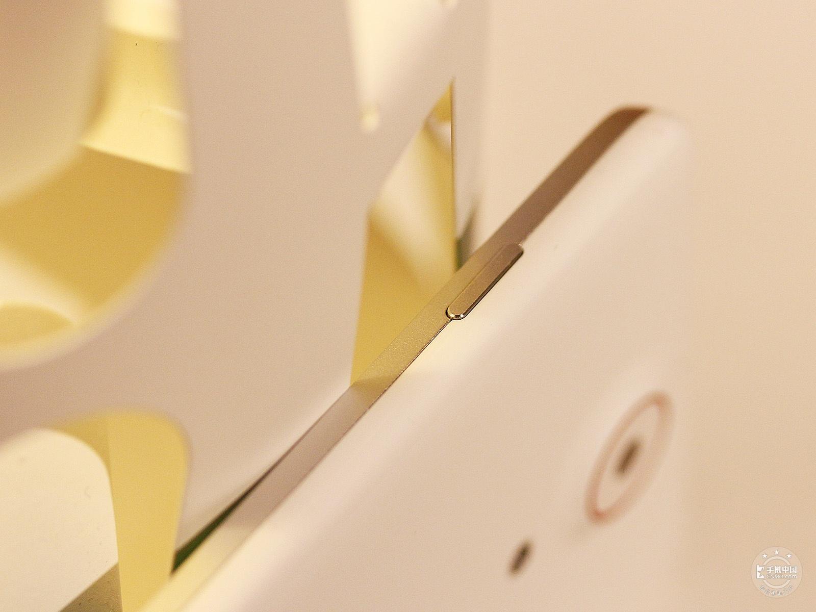 努比亚Z5(16GB)机身细节第3张