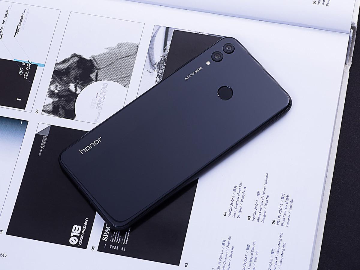 荣耀8X(6+64GB)整体外观第4张