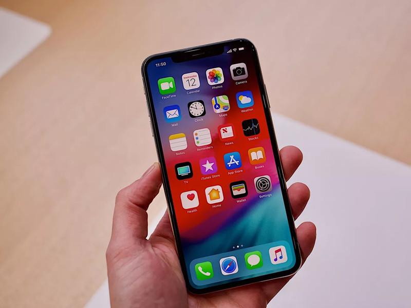 苹果iPhoneXS(256GB)整体外观第4张
