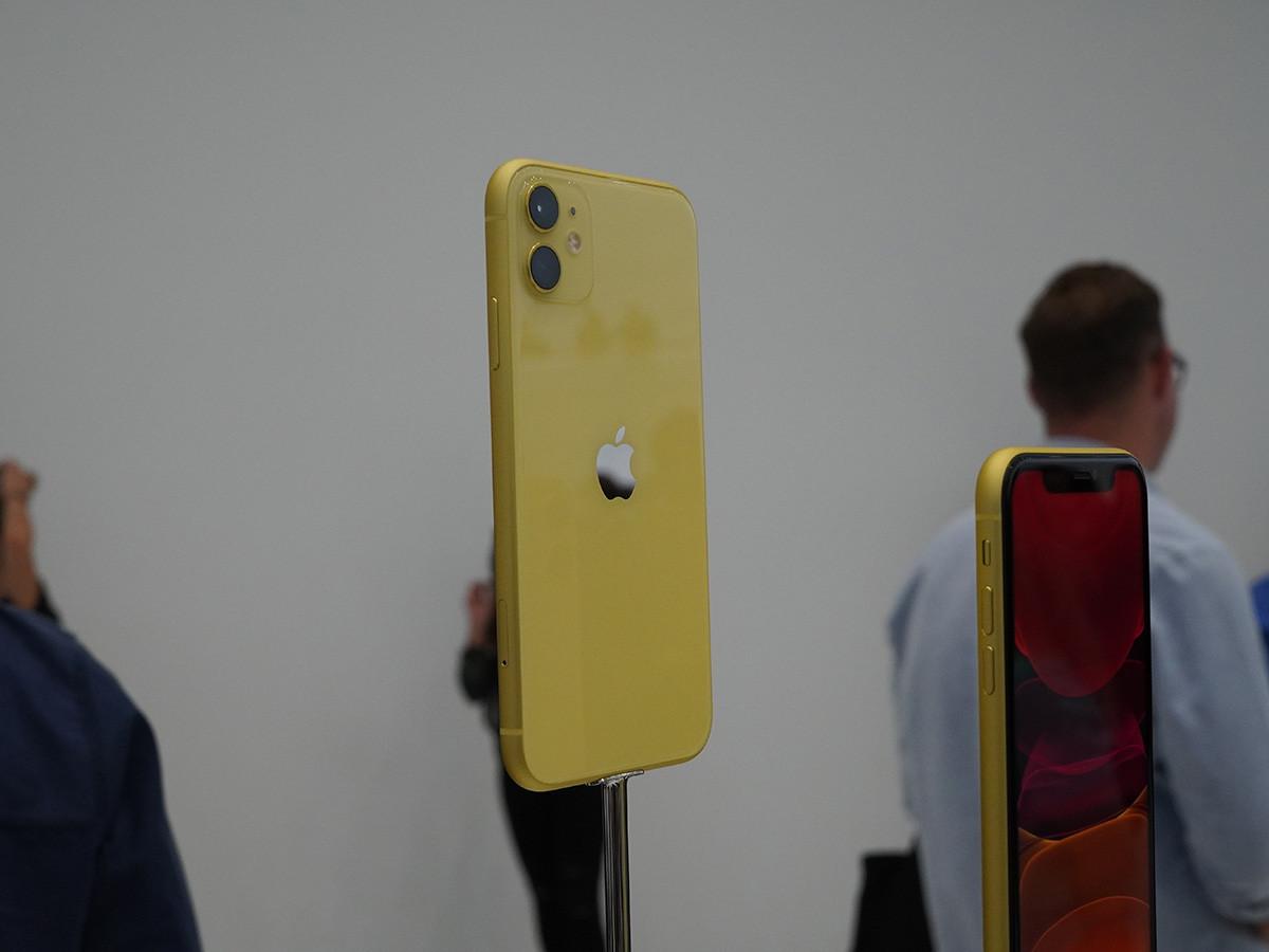 苹果iPhone11(128GB)整体外观第6张