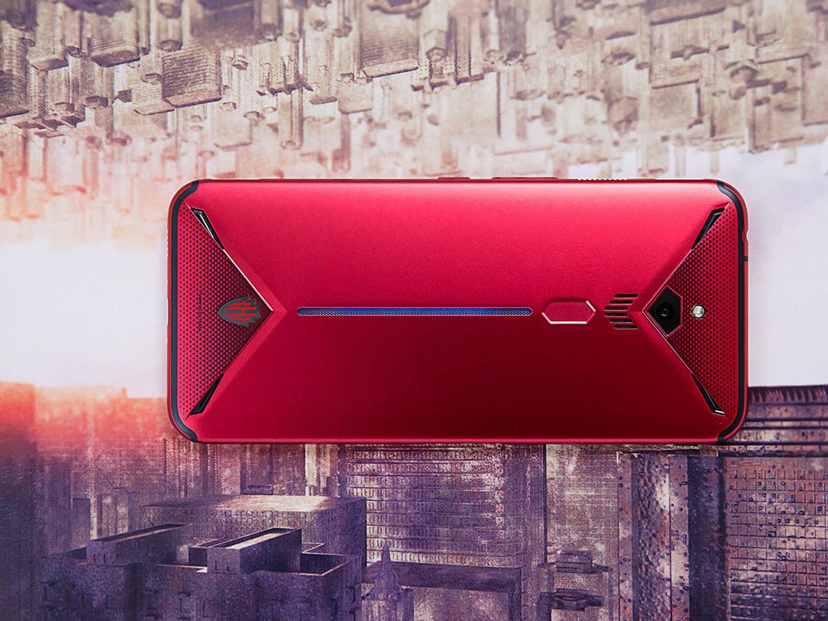 努比亚红魔3电竞手机(8+128GB)整体外观第5张